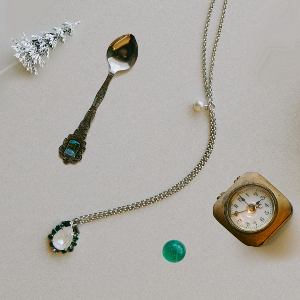 Aurora Necklace_Emerald
